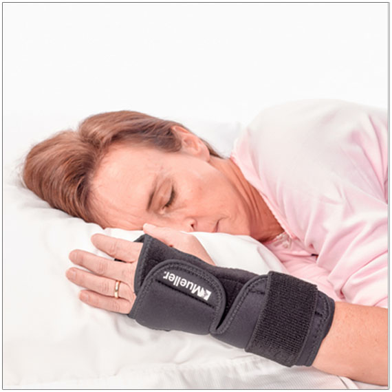 Mueller Night Wrist Support Universal One Size